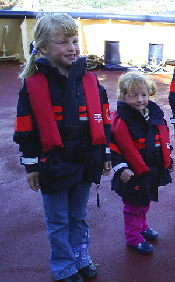 LIFEJACKET HIRE (2)